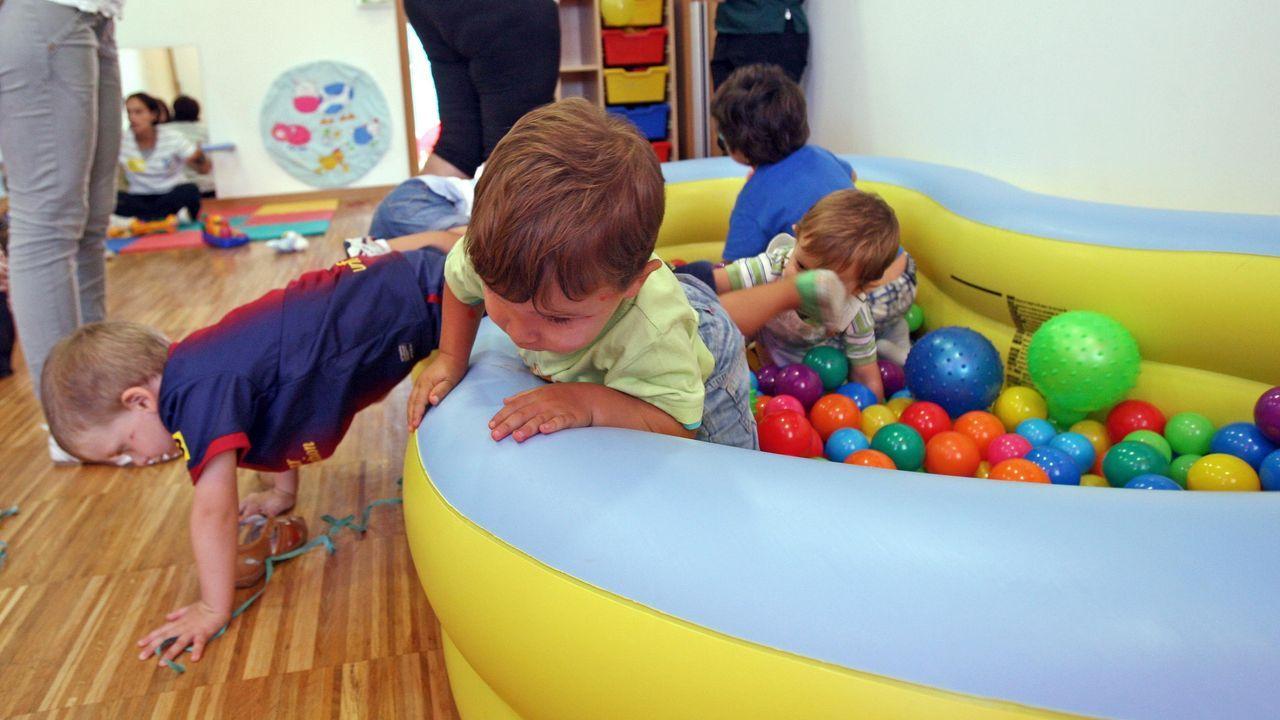Mantener la distancia de seguridad en las escuelas infantiles es imposible, por lo que los pediatras aconsejan acotar al máximo el número de niños por aula