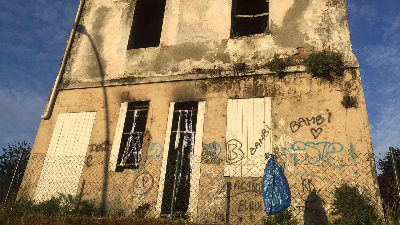 Nuevo incendio en la casa abandonada de Os Mallos.Cribado con PCR  a 232 alumnos y docentes del Colegio Santa María del Mar