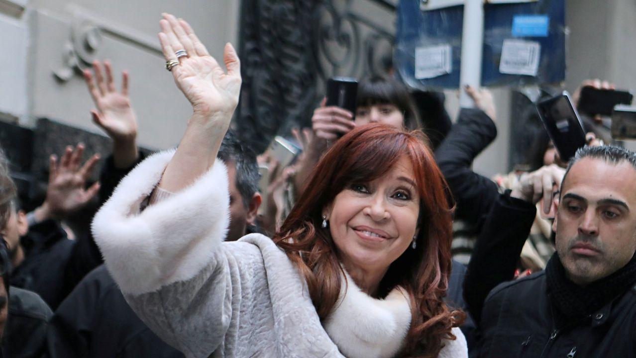 Alberto Fernández es candidato a las presidenciale, con la exmandataria Cristina Fernández como vicepresidenta.Cristina Fernández de Kirchne está procesada en doce causas judiciales