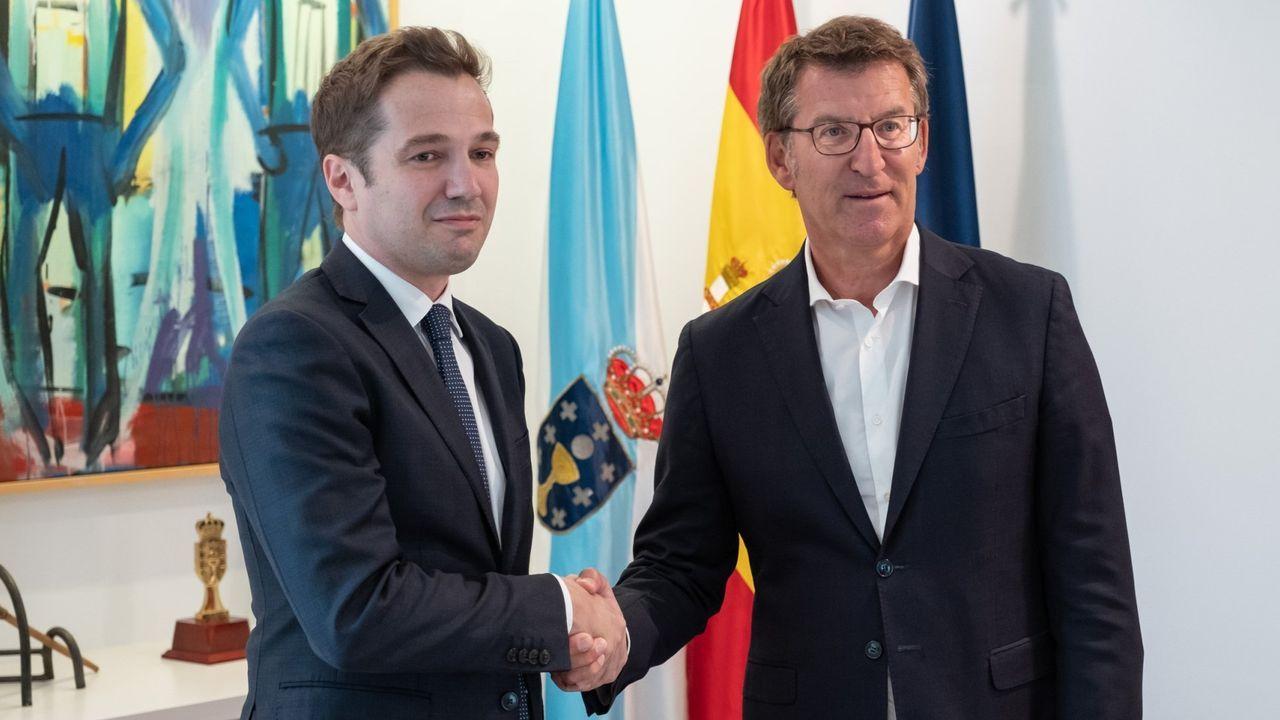 El presidente de Alcoa en España, Álvaro Dorado, durante una visita al presidente de la Xunta en septiembre