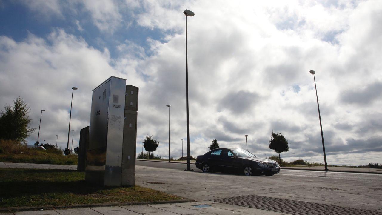 Cuadros eléctricos inteligentes instalado en Lugo, como este de la Rúa Montirón, en San Fiz