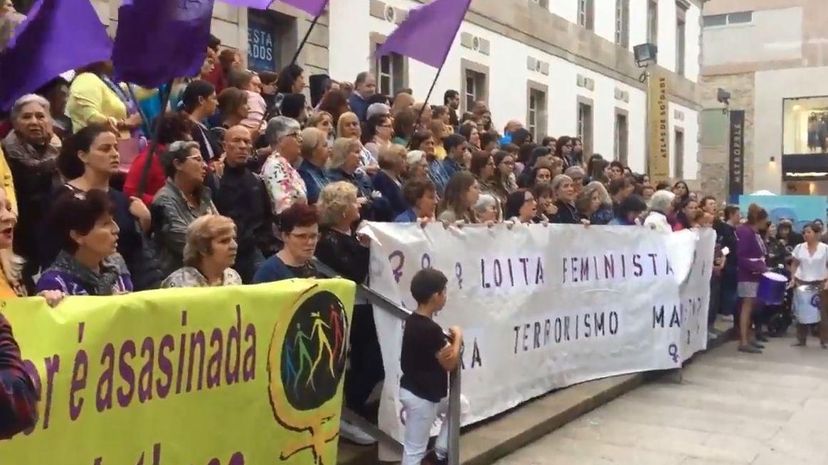 Concentración en Vigo por el triple crimen de Valga
