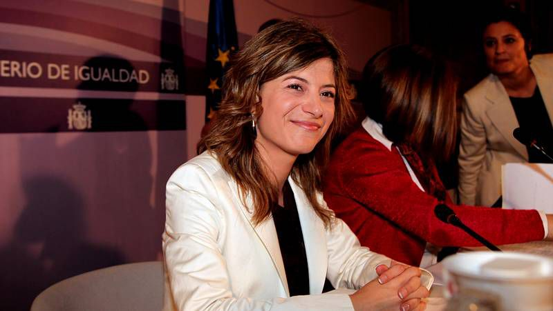 Isabel Valldecabres denuncia el acoso a la ex ministra socialista Bibiana Aído.Una de las últimas manifestaciones de la plataforma en defensa de una desahuciada.