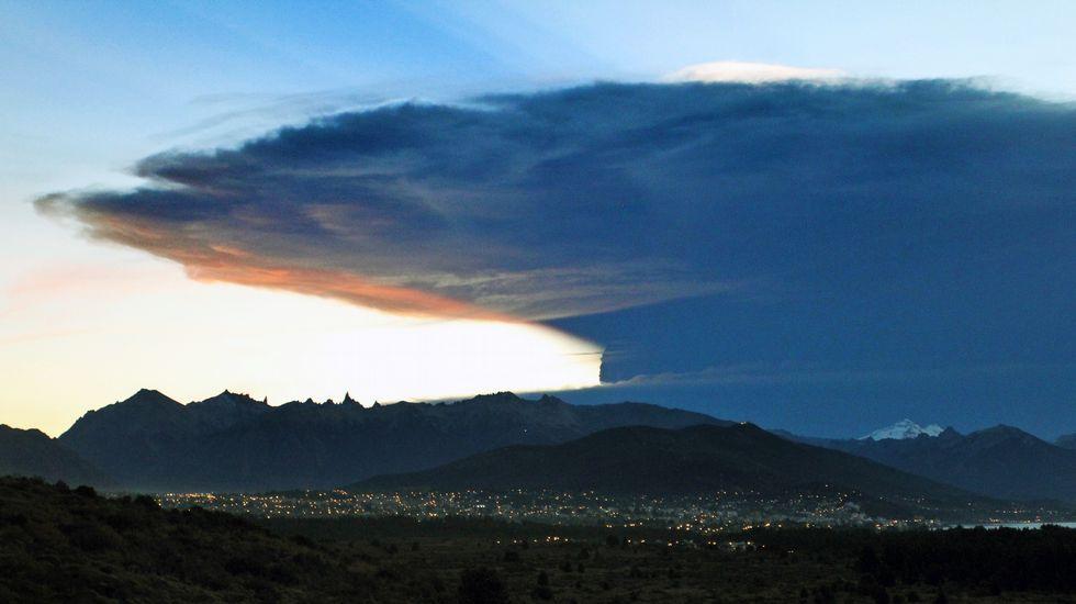 El 3 de marzo pasado hizo erupción el volcán Villarrica, cerca de la ciudad de Temuco, a unos 800 km al sur de Santiago, obligando a la evacuación de 3.605 personas.