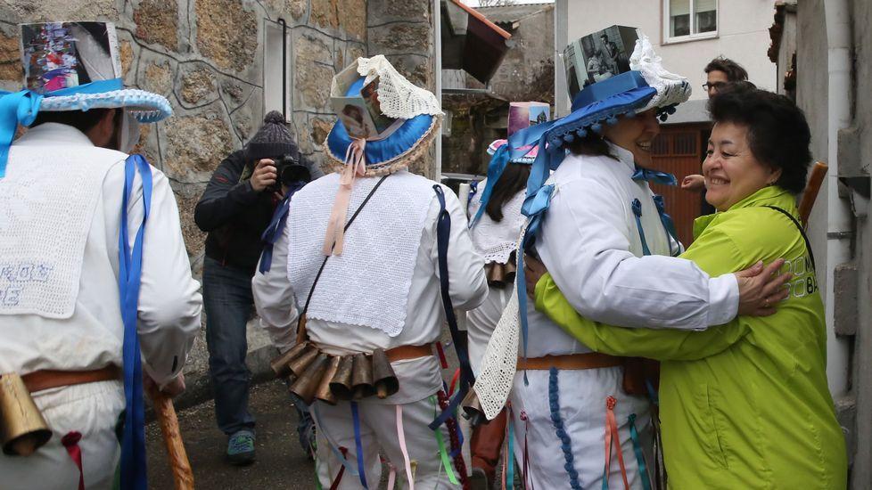 Los troteiros salieron por las aldeas de Bande
