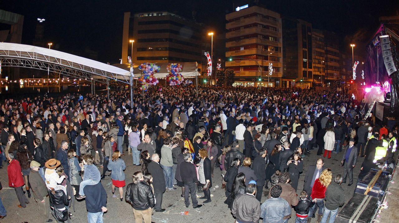 Vigo se echa a la calle para recibir a los Reyes Magos.Cabalgata de Reyes de Oviedo