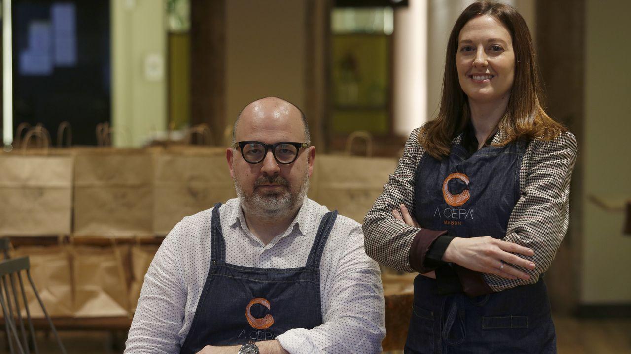 Javier y Anabel Blanco, propietarios de A Cepa de O Burgo