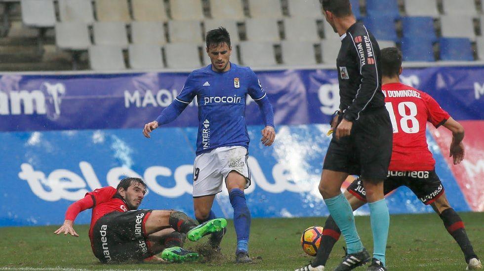 Michu Real Oviedo Nastic Carlos Tartiere.David Costas durante el encuentro frente al Mallorca