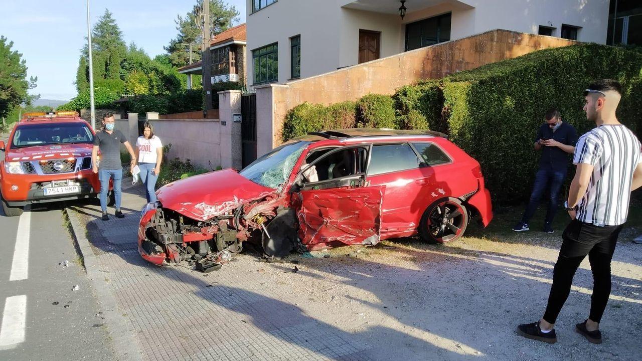 Colisión frontolateral de dos vehículos en Bergondo.Pablo Arangüena (PSdeG)