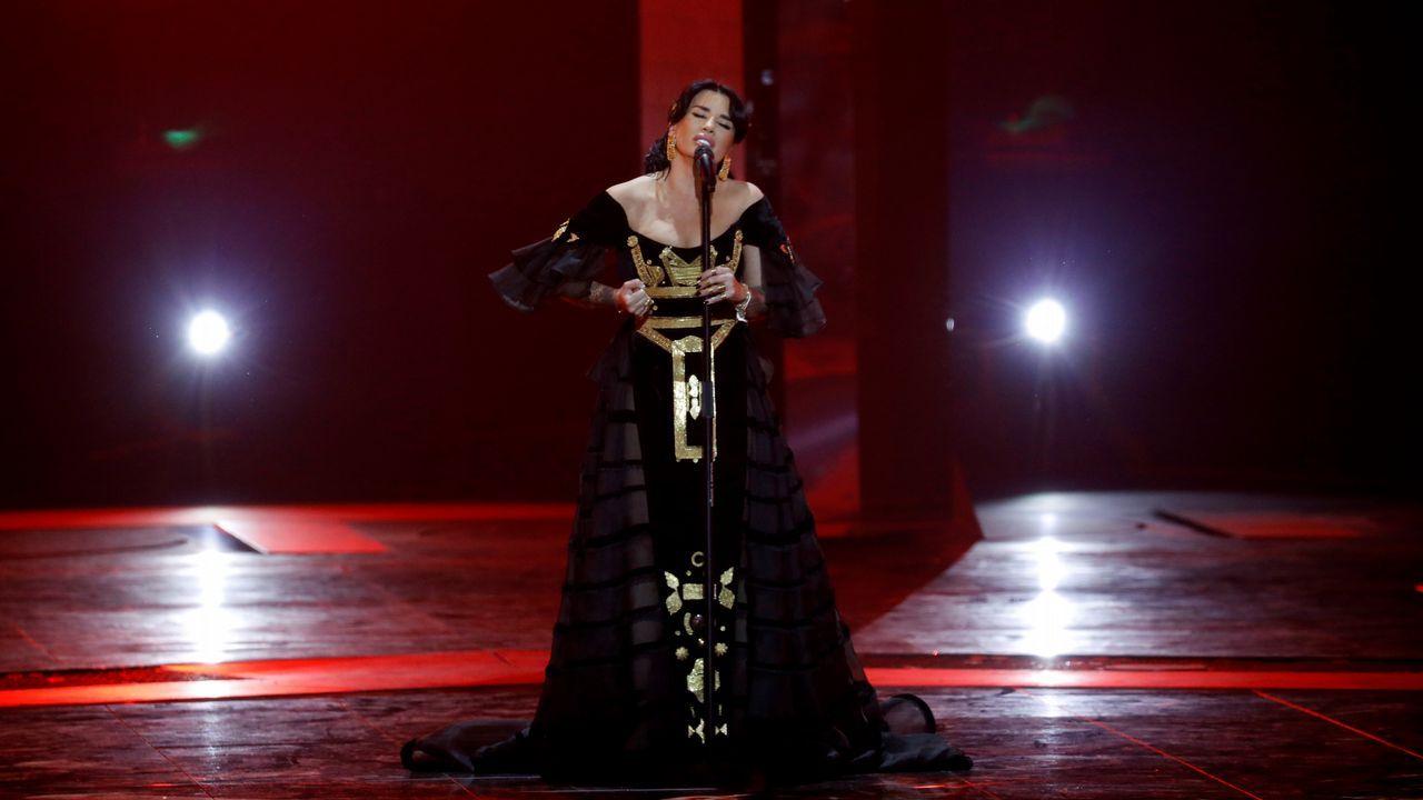 Jonida Maliqi, por Albania, durante la segunda semifinal