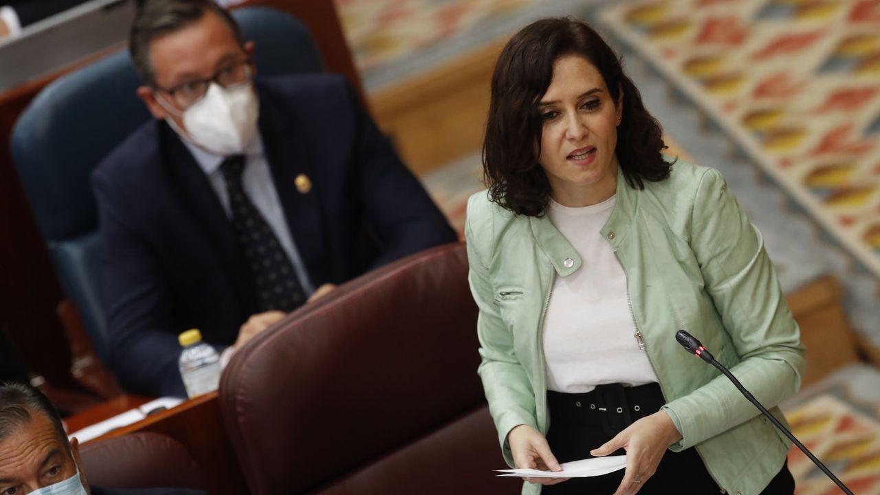 La presidenta de la Comunidad de Madrid, Isabel Díaz Ayuso, en el pleno de Asamblea