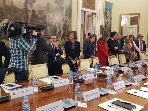 La conselleira Carmen Pomar (centro) en la reunión de la Conferencia Sectorial de Educación, hoy en Madrid
