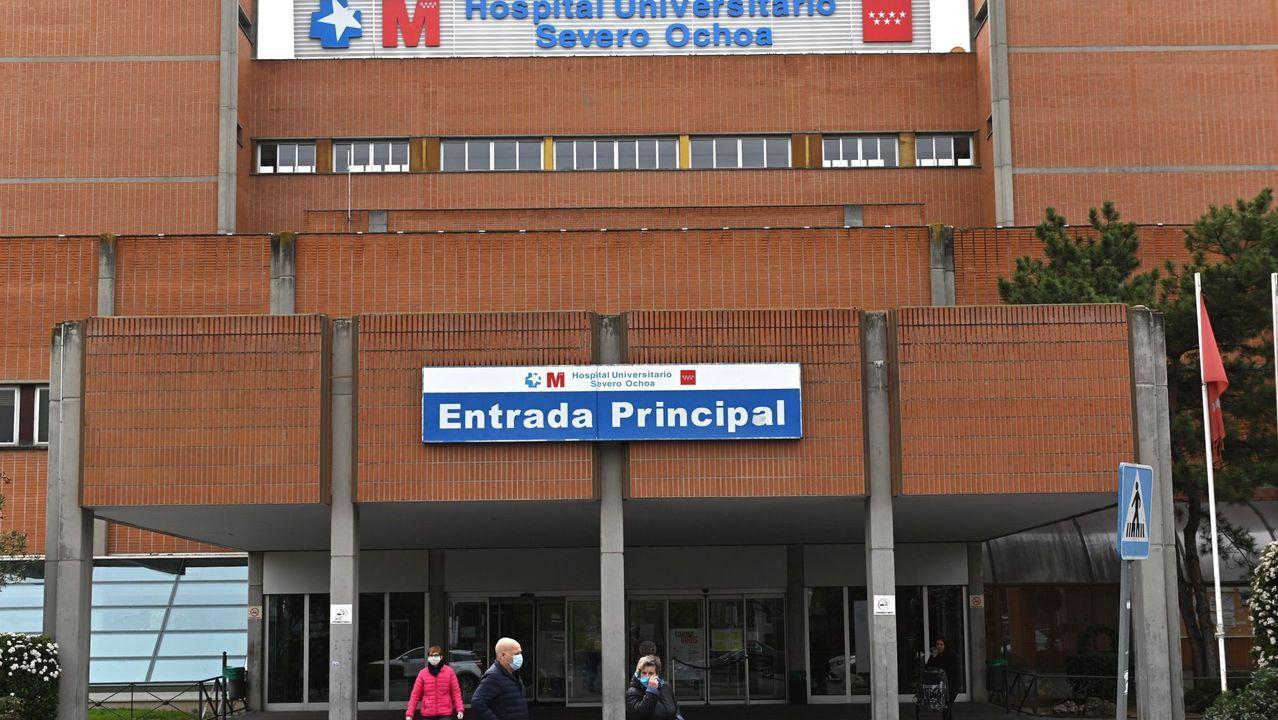 Cámaras funerarias en el edificio conocido como El Dónut, puesto a disposición de las autoridades sanitarias por la Comunidad de Madrid como nueva morgue provisional