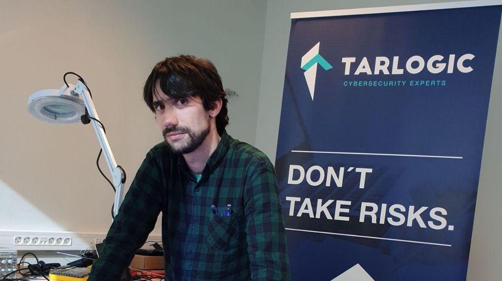 Gonzalo J. Carracedo Carballal presentó ayer en el congreso una investigación en la que ha trabajado a lo largo del último año