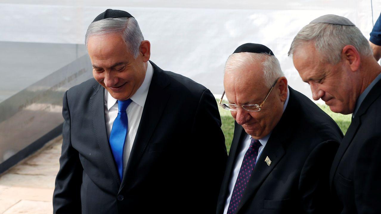 Un acto en recuerdo a Simón Peres juntó por primera vez tras la cita electoral a Gantz y Netanyahu, con el presidente de Israel como testigo