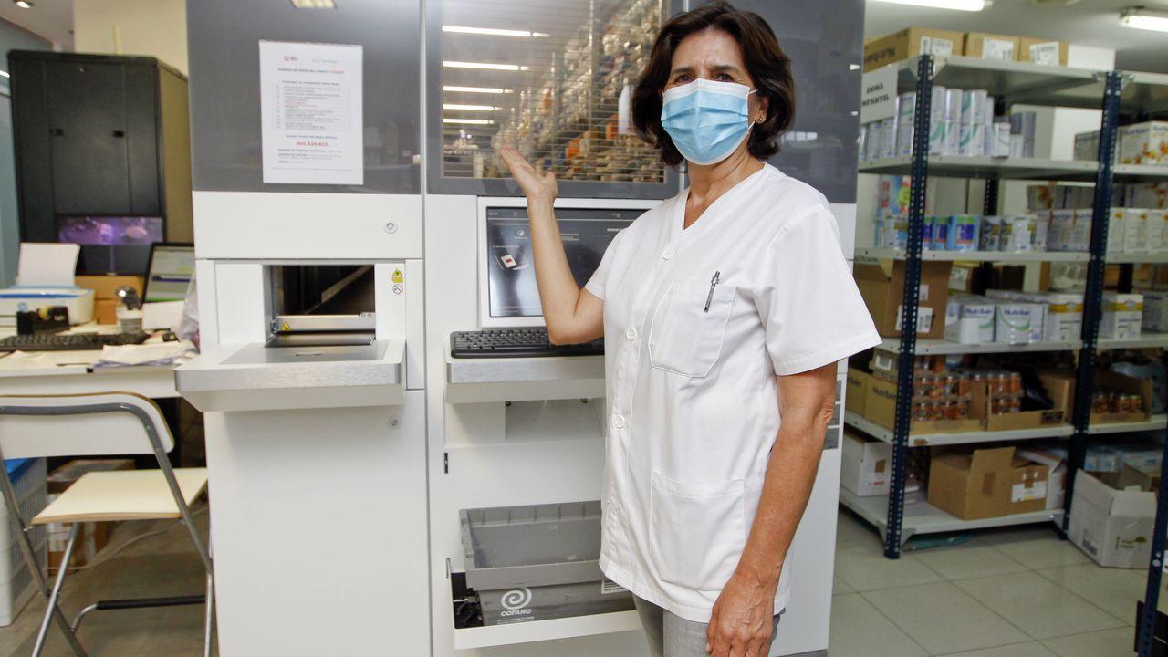 La farmacia Rolán incorpora un robot para distribuir los medicamentos sin tocarlos