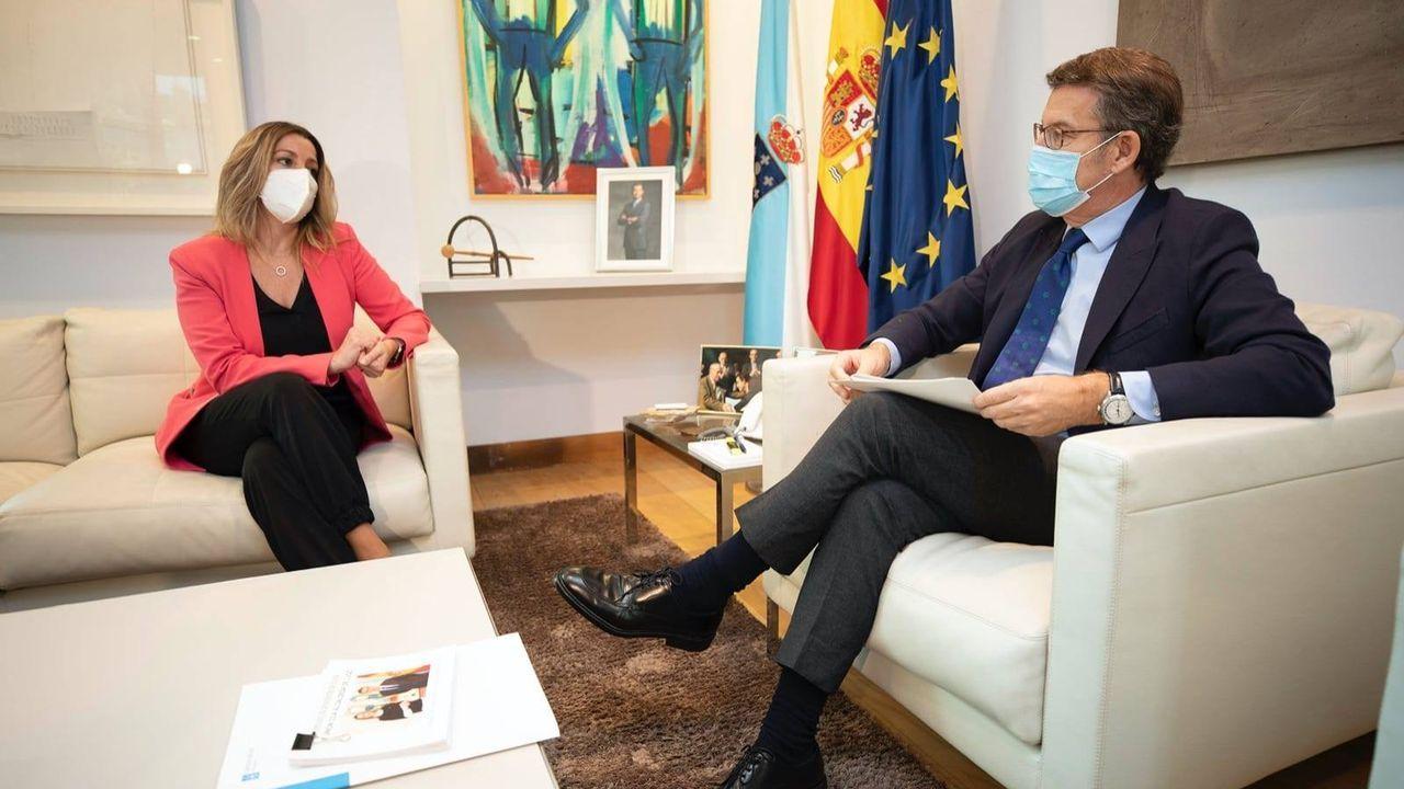 La alcaldesa de Lugo, Lara Méndez, junto a Núñez Feijoo