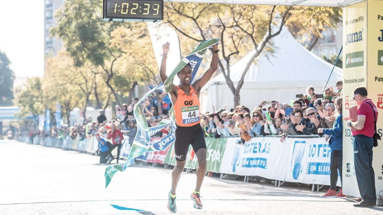Las imágenes del medio maratón Coruña21.Mónica Gutiérrez, ganadora del medio maratón Coruña21