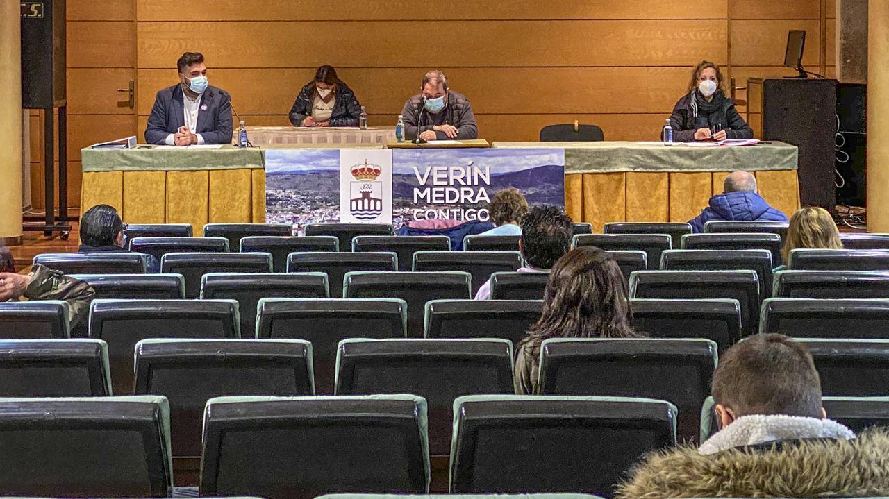 Ourense clama contra la violencia de género.Pruebas de coronavirus en el CHUO