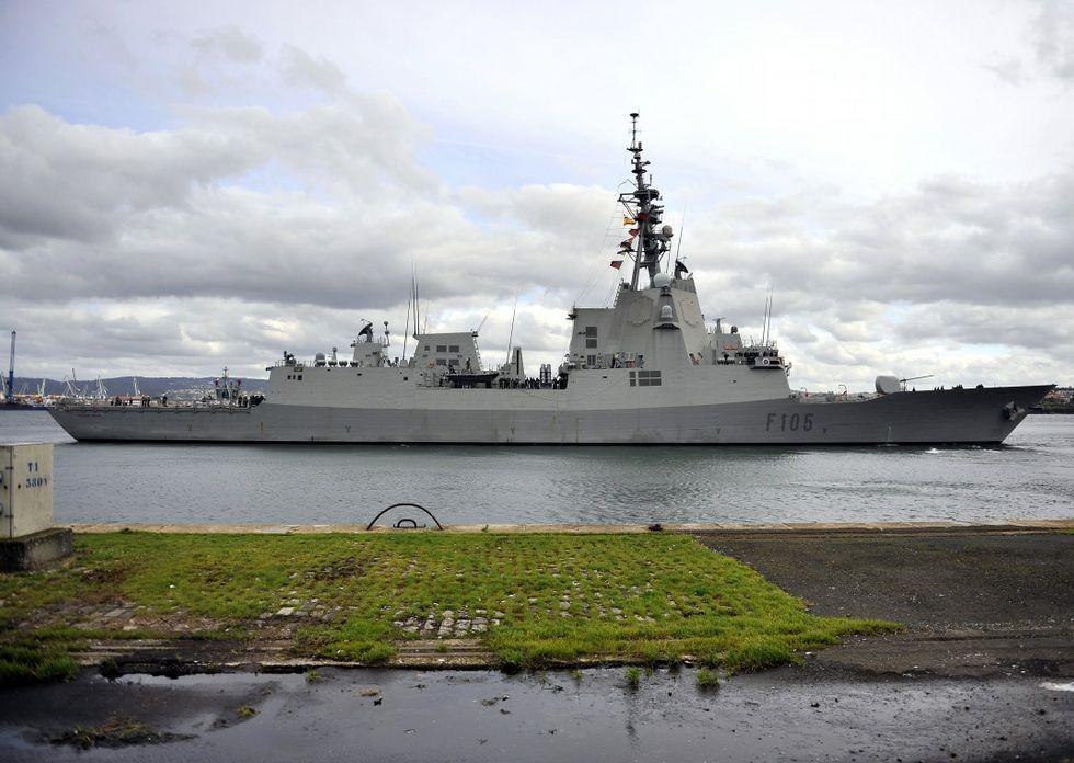 La «Cristóbal Colon» es la última fragata de la primera serie F-100; la Armada planea la segunda.