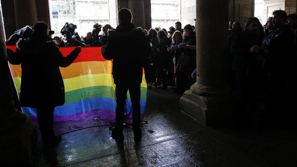 «Phonbies», los zombis del teléfono móvil.Concentración contra la homofobia.
