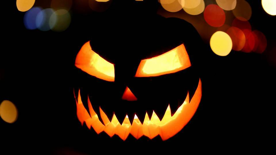 Halloween y las pesadillas londinenses.El Flora, en Area, anuncia que cuatro grupos actuarán en el Flora Brutal Assault.