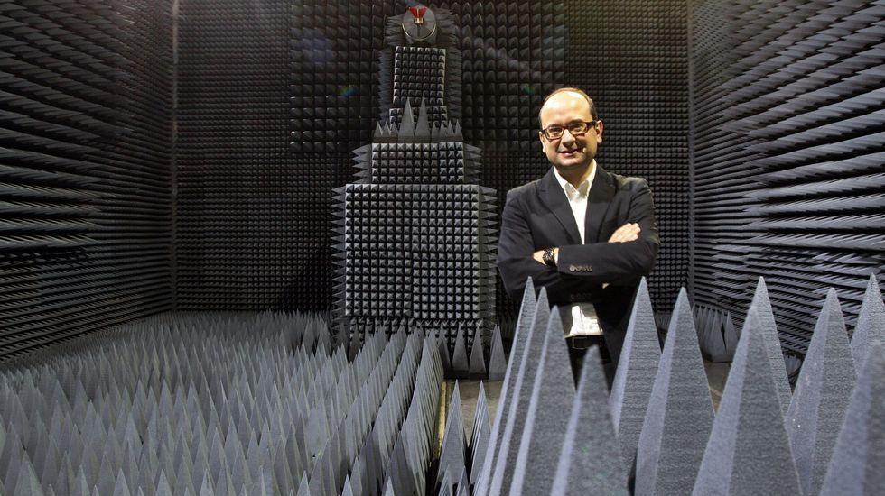 rosaleda.Fernando Aguado, director de los proyectos de satélites de la Universidad de Vigo