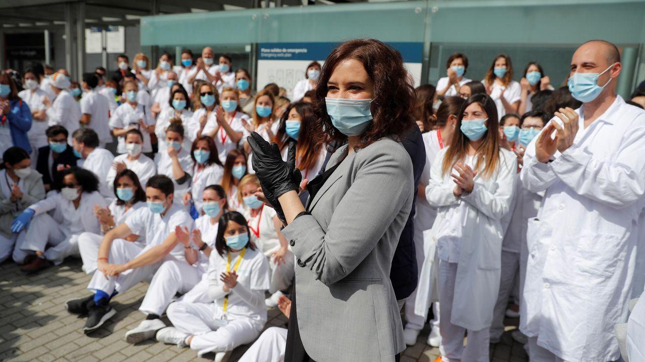 Un acto solemne presidido por la presidenta de la Comunidad de Madrid, Isabel Díaz Ayuso, cierra el hospital provisional de campaña de Ifema.