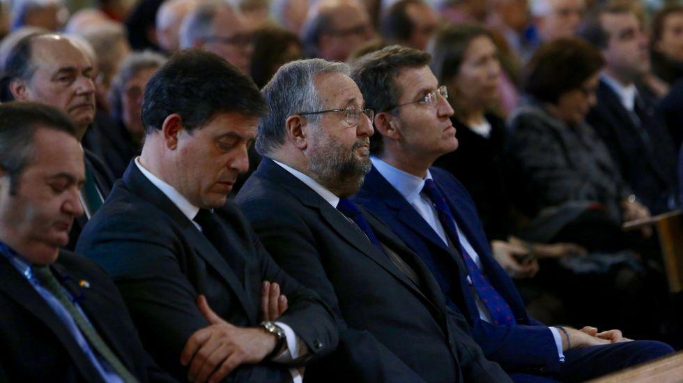 Ramón Carballo, Orozco e González Abelleira participaron no acto que premiou a Expósito, Erika Reija e Branca Rodírguez Pazos.