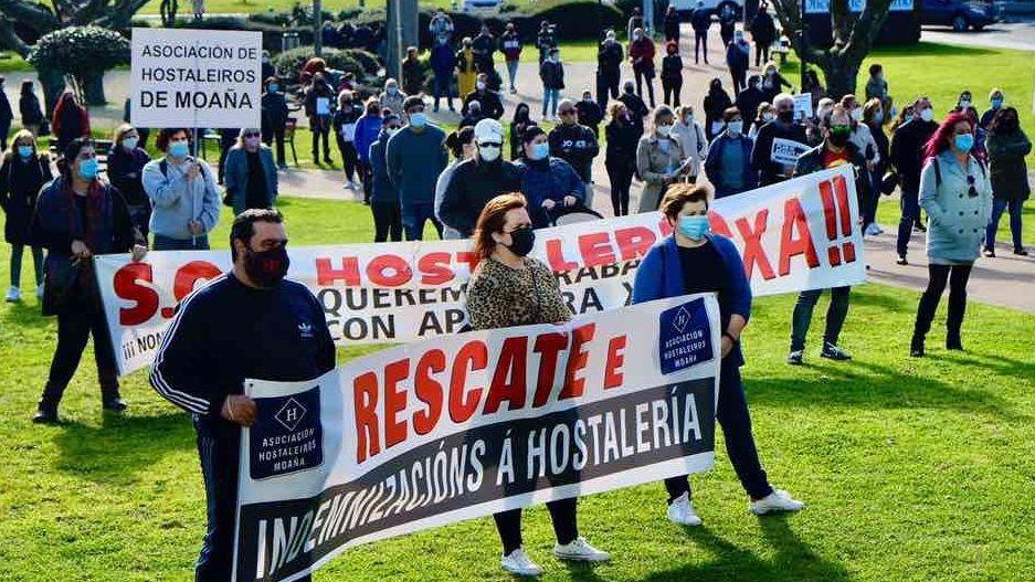 Hosteleros de Barbanza se concentran para pedir un plan de rescate.Alfredo Canteli, alcalde de Oviedo