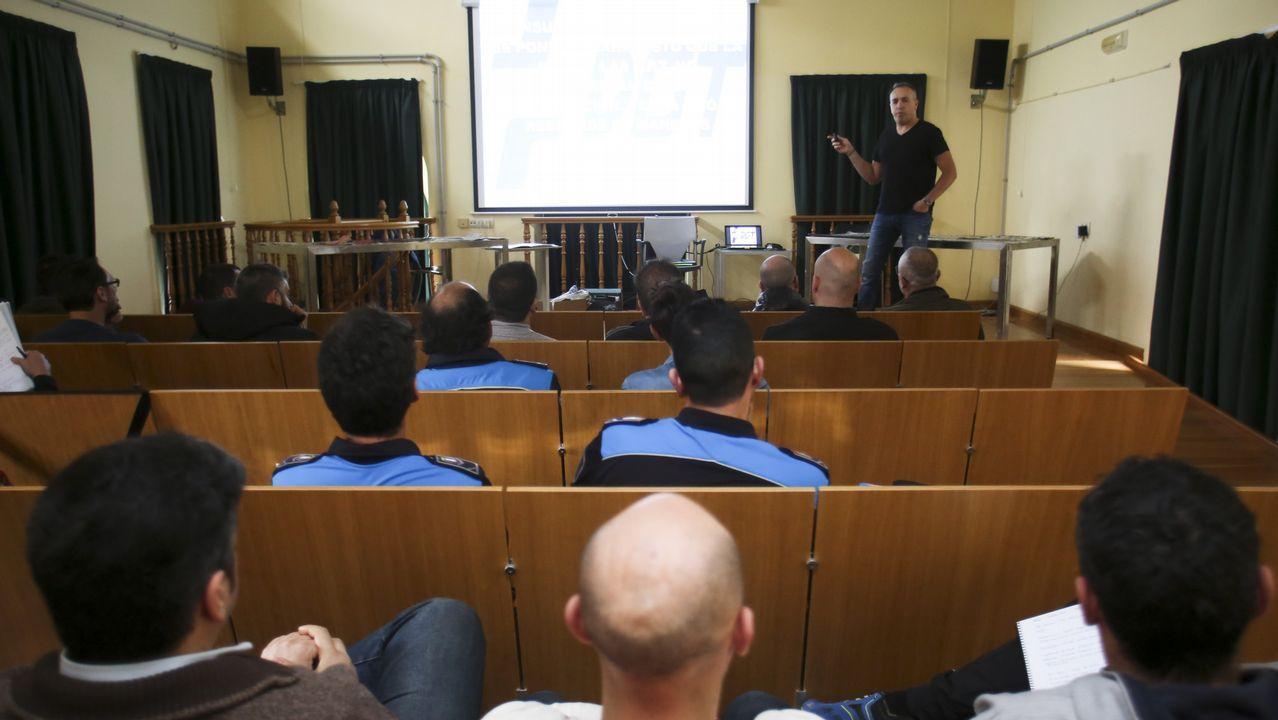 Imagen de uno de los últimos cursos para agentes impartidos en Galicia, en este caso en Ares