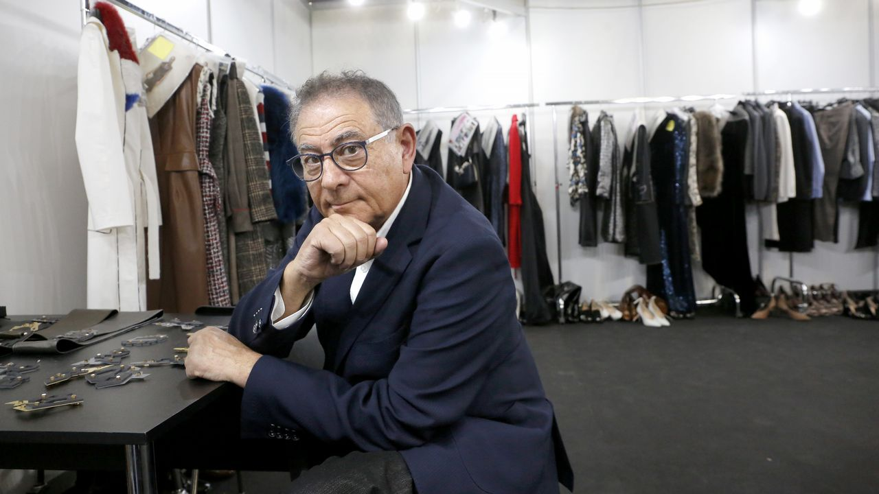 Verino presenta «París, je t'aime»en la Madrid Fashion Week.Las redeiras acompañan la promoción de los vinos gallegos