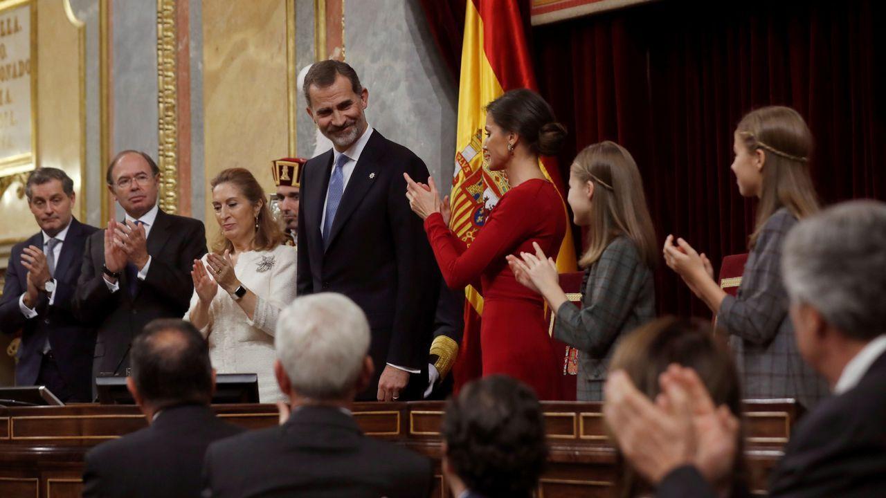 En directo desde el Congreso de los Diputados: 40 aniversario de la Constitución.Protesta de los CDR en la AP-7, en Tarragona