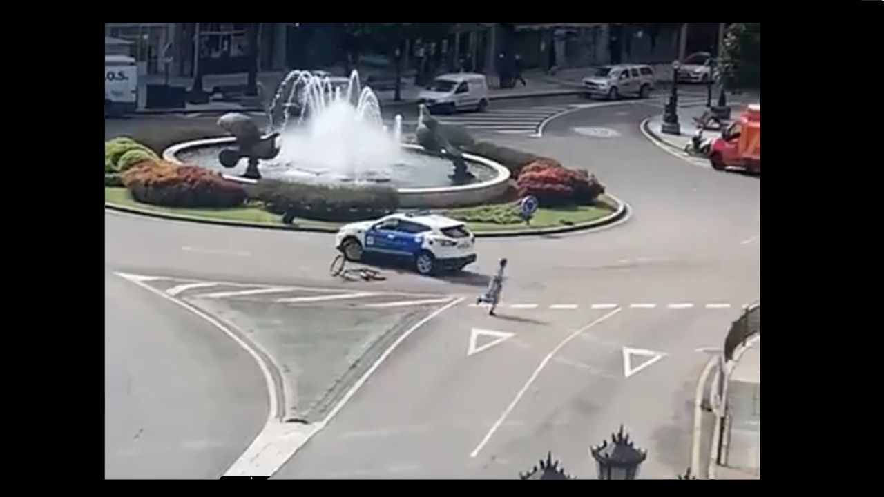 ancianos, anciana, mayores, centenarios.La Policía Local persigue a un menor que se fugó en bataza, zapatillas y bicicleta