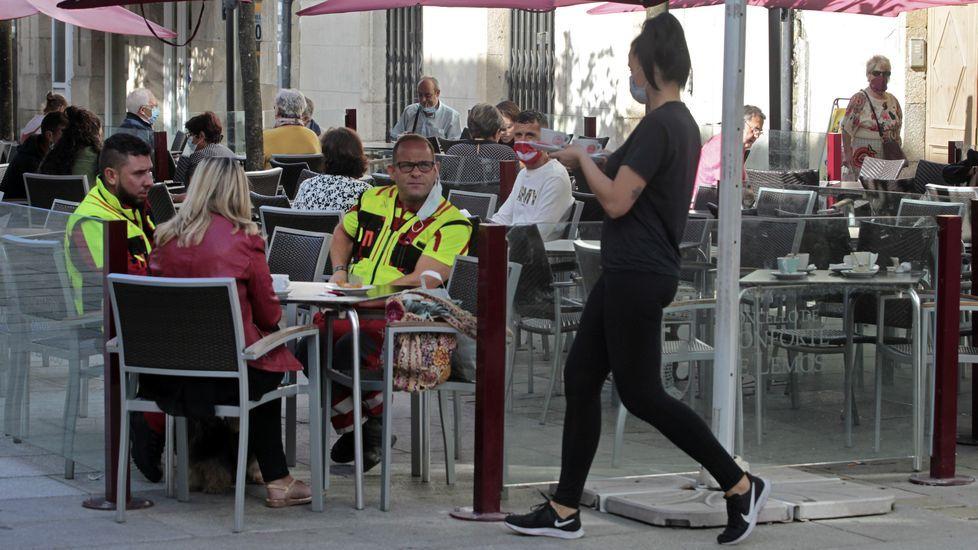 La actividad de la hosteleria suele contribuir a relanzar el empleo en agosto