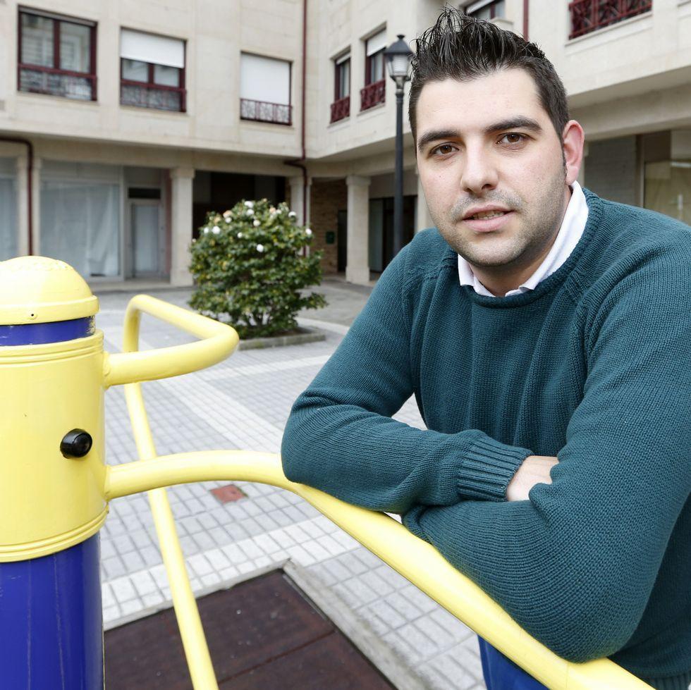 Iago Fernández ten 25 anos e é afiliado socialista dende os 18.