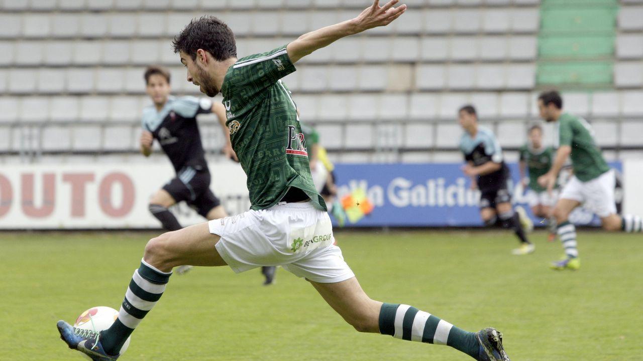 Alex Sanchez Vetusta.Lago Junior en el Oviedo-Mallorca de la 16/17