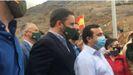 El presidente de Vox, Santiago Abascal, a su llegada a la manifestación 'Salvemos el turismo' celebrada en Puerto Rico (Gran Canaria)