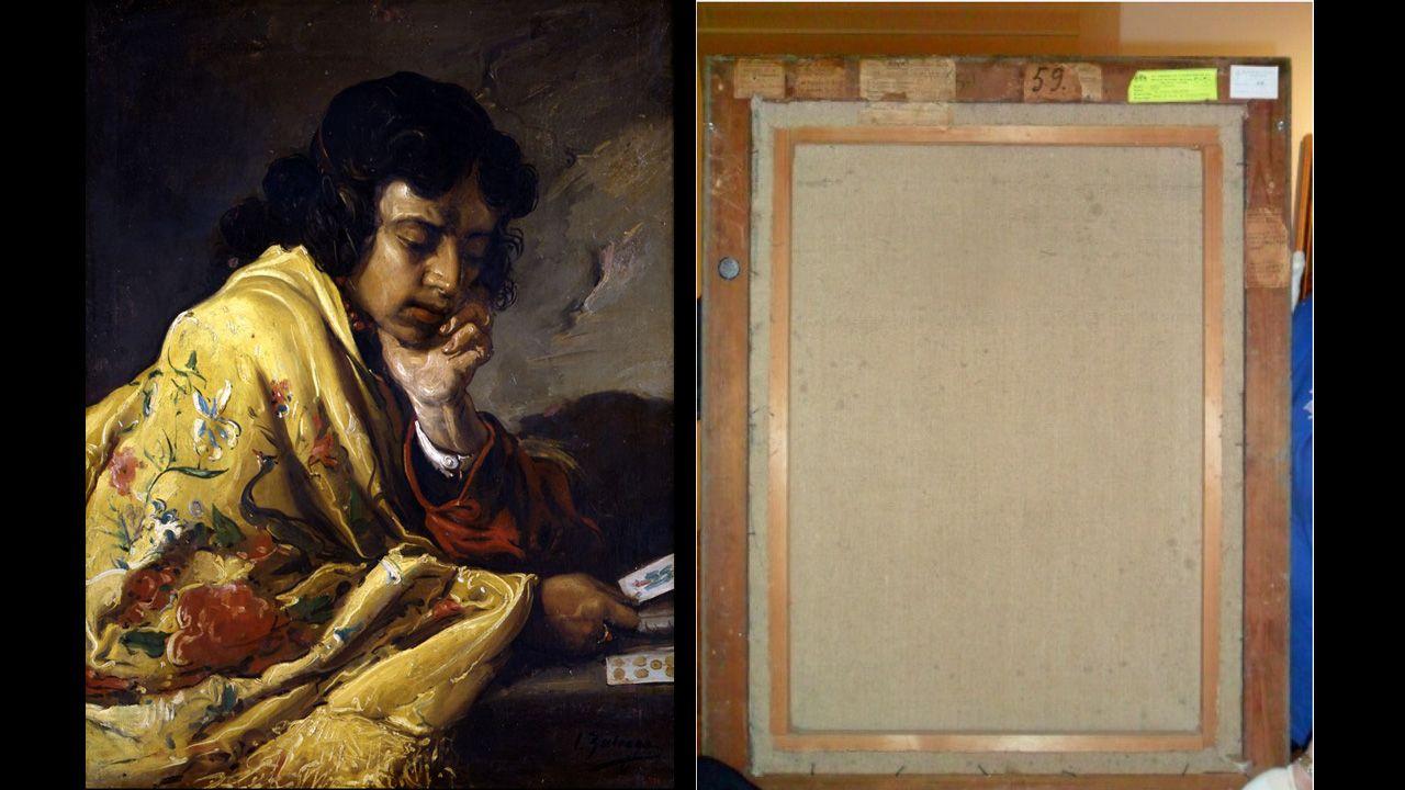 «La echadora de cartas» de Zuloaga y el reverso del cuadro con las numerosas notas que indican el seguimiento del cuadro, que fue entregado a la Diputación de Asturias en 1941