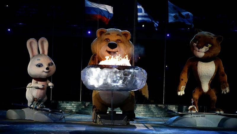 Ceremonia de clausura en Sochi.La atleta palentina, durante una prueba en Madrid.