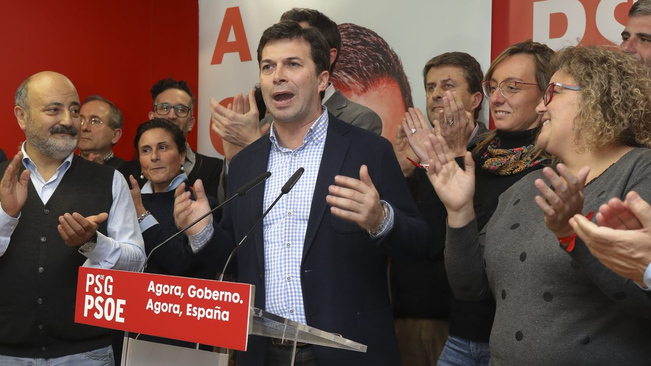 Celebraciones en la sede del PSdeG en Santiago