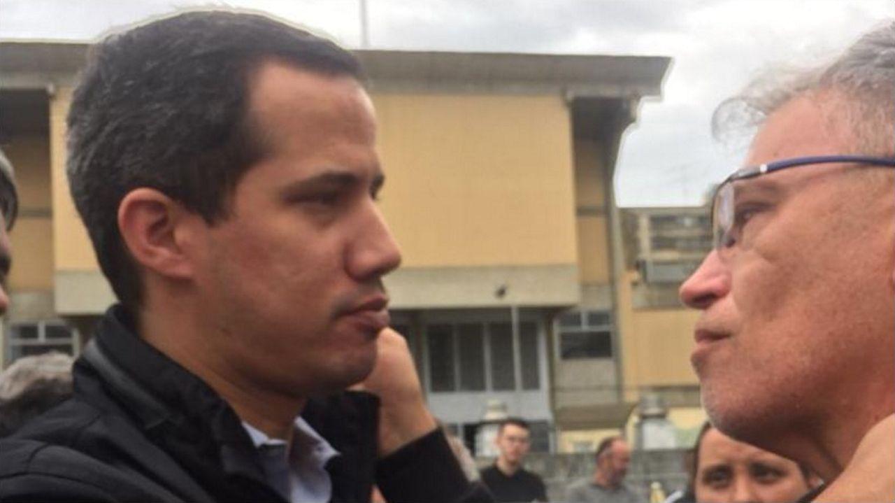 Juan Gaudio dio personalmente el pésame al alcalde de Los Salias