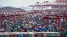 Contenedores en el puerto de Shanghái