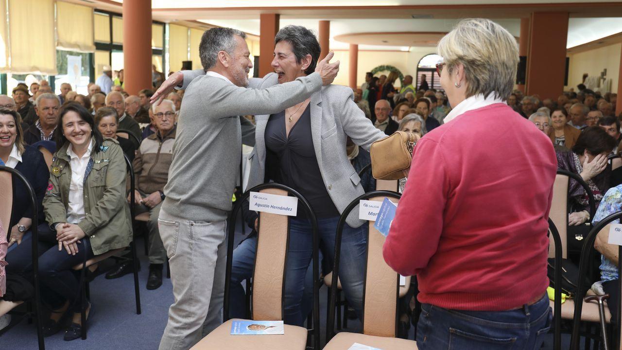 Feijoo alertó contra la división del voto de centroderecha en un acto celebrado en Ribeira el domingo