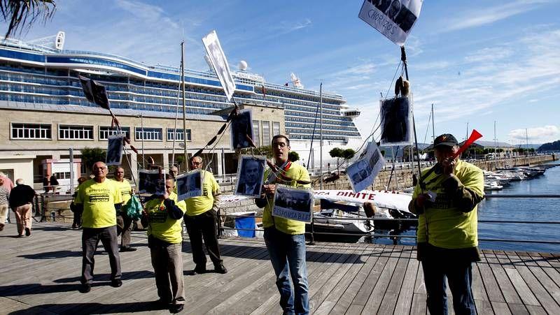 Protesta sorpresa en la Estación Marítima
