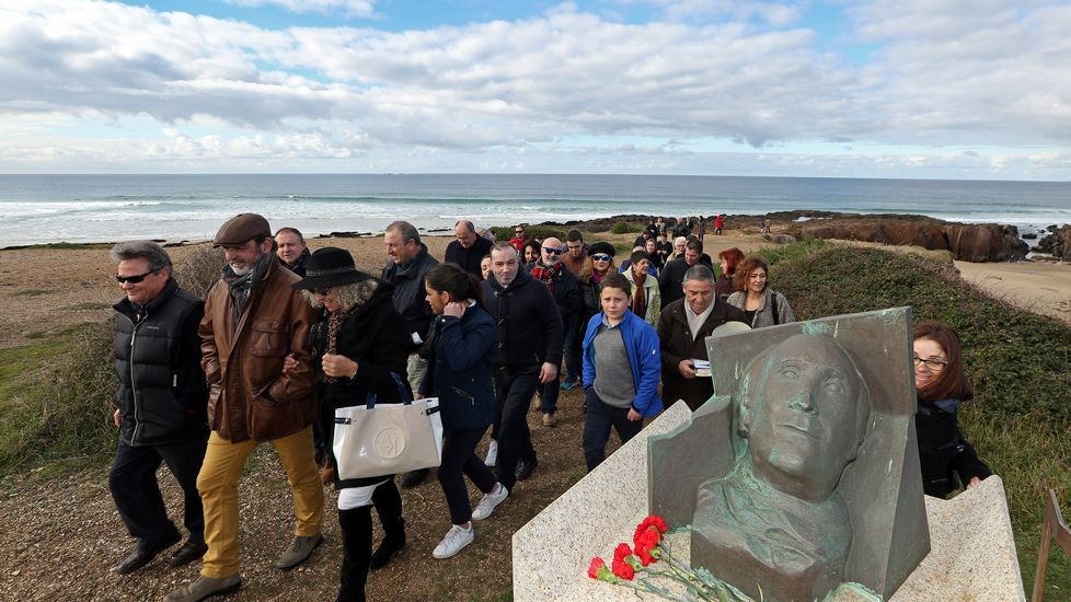 Homenaje a Ramón Sampedro en la playa de As Furnas