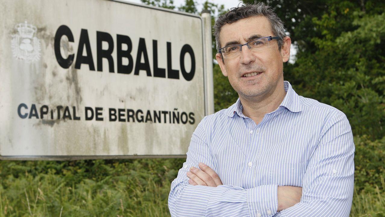 Leo Nucci llama al aislamiento a los betanceiros.El escritor, gestor cultural y exministro socialista César Antonio Molina