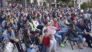 ¡Búscate en la plaza del concello de Ribeira animando a Ana Peleteiro!