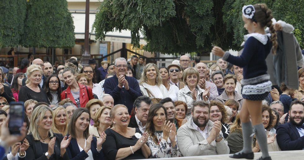 <span lang= gl >«Vente empacar</span>», o «Vente pa'cá» <span lang= gl >galego</span>.Una imagen de «Menandros et Thaïs»