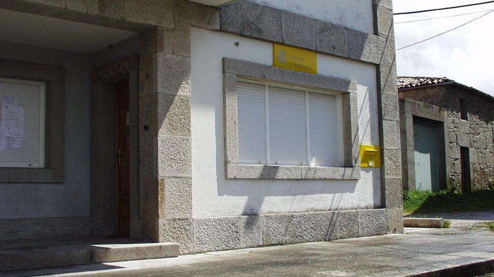 Actividades turísticas para el otoño en la Ribeira Sacra.Los ladrones entraron en una tienda, en el Ayuntamiento y en la oficina de Correos de Taboada (en la foto)